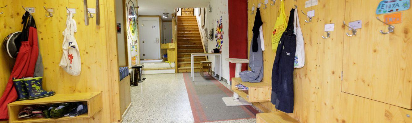 Eingangs- und Garderobenbereich